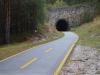 Viele Tunnel entlang der ehemaligen Bahntrasse.