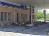 Schattiges Plätzchen an ehemaliger Tankstelle