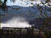 Hinter dem riesigen Wasserkraftwerk am Eisernen Tor