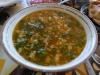 Shorpo, meine Lieblingssuppe mit Kartoffeln, Möhren, Kichererbsen und Hammelfleisch. Oben darf das Fett schwimmen.